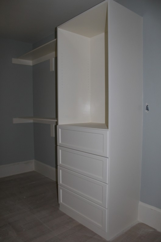 Image of Closet Drawer Unit