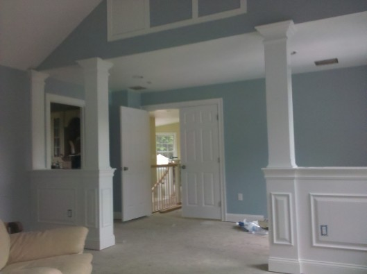 1/2 wall columns - Custom Home Finish