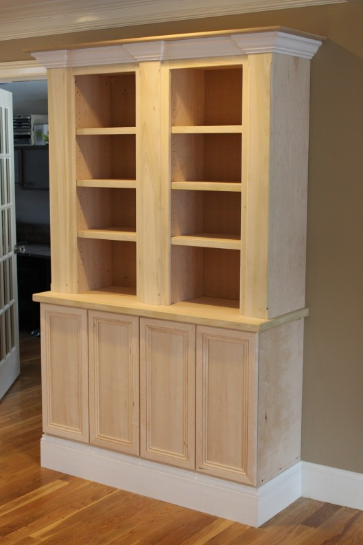 Built In Bookcase - Custom Home Finish