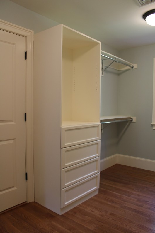 Image of Closet Built Ins with 4 drawers
