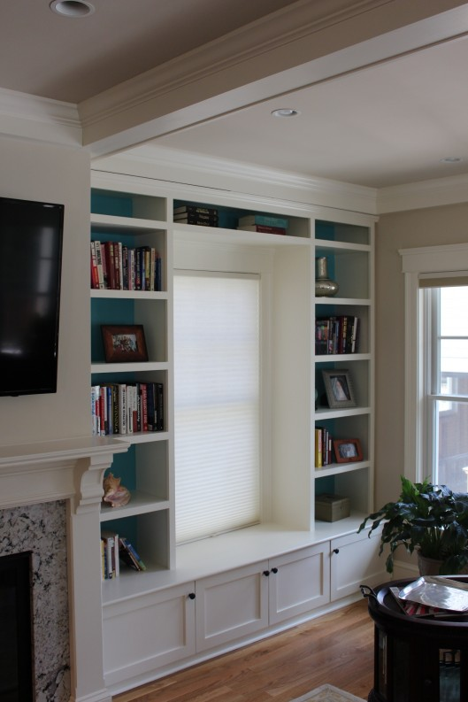 Image of Window Seat with Bookshelves